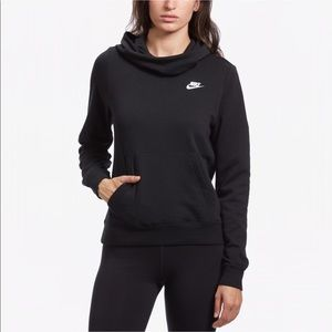 Nike | NWT Black Funnel Neck Hooded Pullover